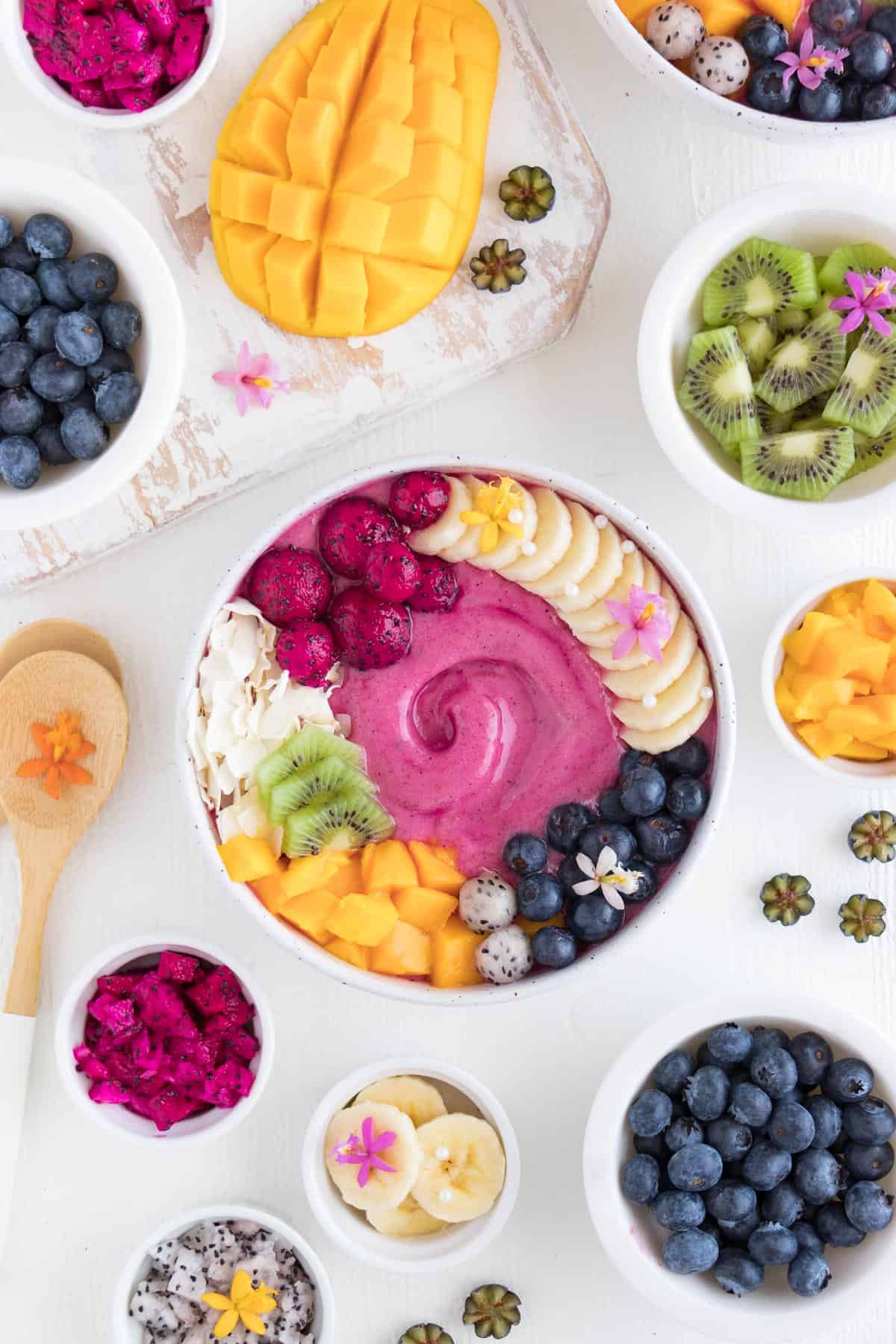pitaya smoothie bowl with fruit
