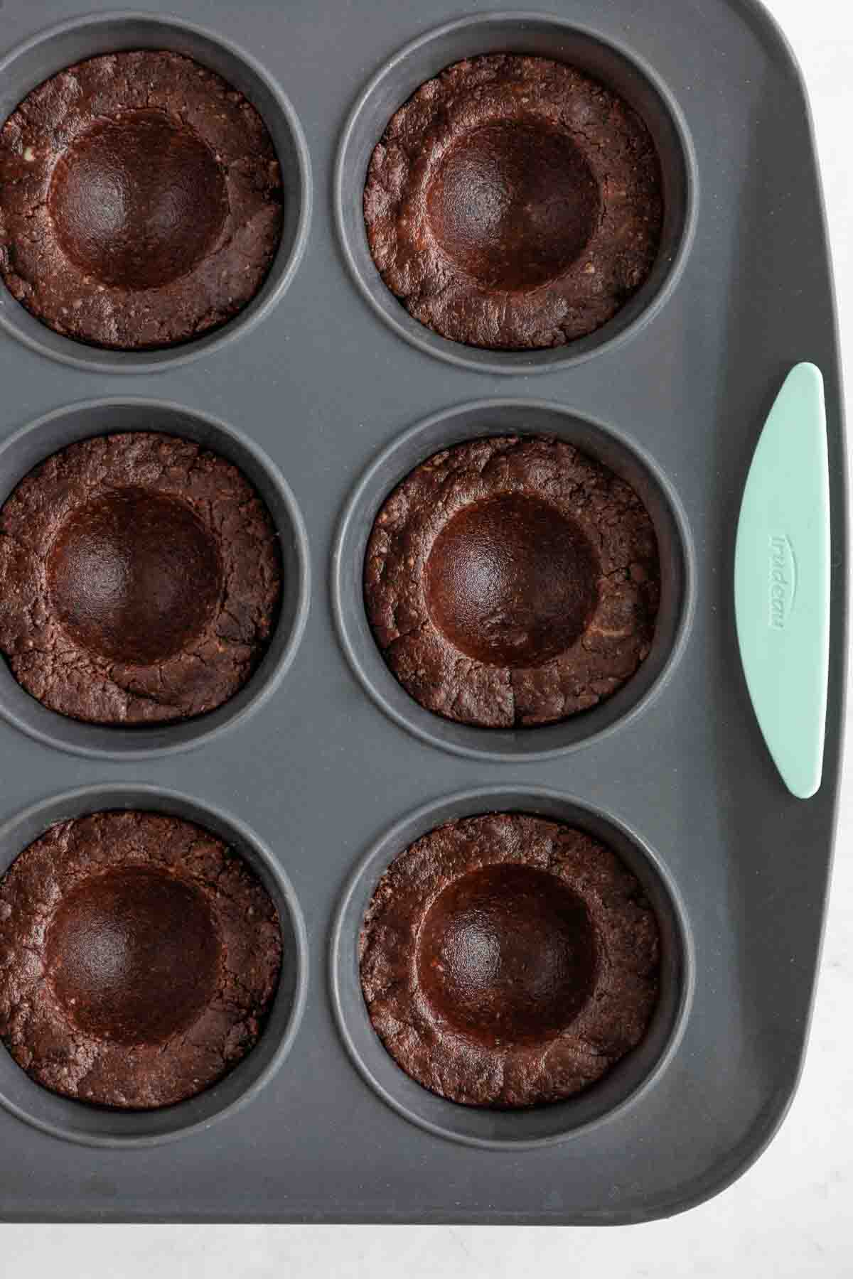 no bake brownie cups inside a muffin tin